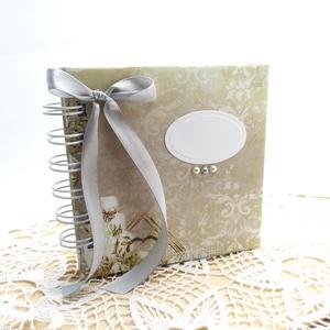 Elegáns Esküvői vendégkönyv - 10 x 10 cm - Különleges könyvecske , Esküvő, Emlék & Ajándék, Vendégkönyv, Könyvkötés, Papírművészet, Ha valami igazán különleges vendégkönyvet keresel a nagy napra, ajánlom ezt az elegáns hangulatú ven..., Meska