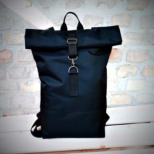 Unisex  vízálló fekete  roll up hátizsák biciklis zsák, Táska & Tok, Hátizsák, Roll top hátizsák, Varrás, Mérete tökéletes, mivel minden elfér benne, amire szükséged lehet:)\nMagassága:40-59cm  Maga a pakolh..., Meska