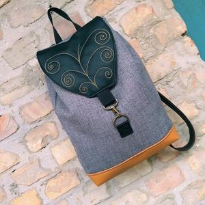 Hímzett Inda mintás  hátizsák, Táska & Tok, Hátizsák, Roll top hátizsák, Varrás, Táskáinkhoz mindig  minőségi és erős anyagokat használunk, hogy a mindennapi igénybevételt könnyen t..., Meska
