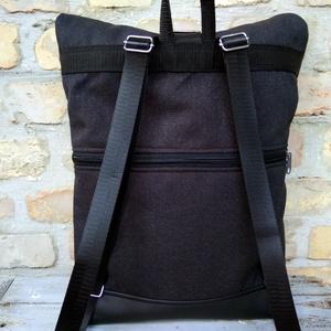 Minimalis parafa fekete roll up hátizsák - táska & tok - hátizsák - roll top hátizsák - Meska.hu