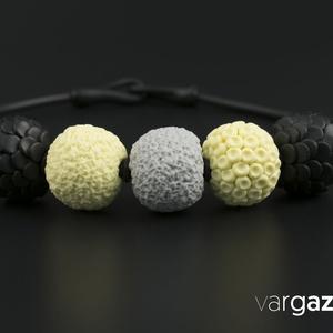 Fekete-vanília-szürke gyöngy lánc/különleges süthető gyurma gyöngysor , Gyöngyös nyaklác, Nyaklánc, Ékszer, Ékszerkészítés, Gyurma, Kézzel készült, különféle színű és díszítésű gyöngyök süthető gyurmából. Aprólékos munkával, kiváló ..., Meska