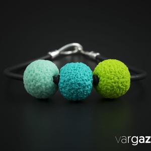 Türkiz-menta-zöld gyöngy nyaklánc, Ékszer, Medál, Nyaklánc, Ékszerkészítés, Gyurma, Kézzel készült, különféle színű és díszítésű gyöngyök süthető gyurmából. Aprólékos munkával, kiváló ..., Meska