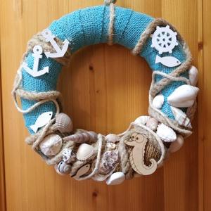 Csíkóhalas-kagylós tengerész koszorú  , Koszorú, Dekoráció, Otthon & Lakás, Virágkötés, Nyugodt hangulatot idéző koszorú nyaraló ajtókra, szobákba, vagy a lakás olyan helyiségébe, ahol a t..., Meska