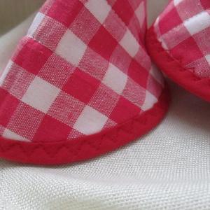Edényfogó, fedőfogó, fülfogó -  piros-fehér kockás (2 db) (Varrgitka) - Meska.hu