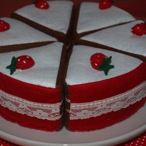filcből készült epres torta, Gyerek & játék, Játék, Gyerekszoba, Baba játék, Varrás, A képeken látható torta 6 szeletes, átmérője 22 cm, magassága 6 cm. \nA tortaszeletek puha szivacsból..., Meska