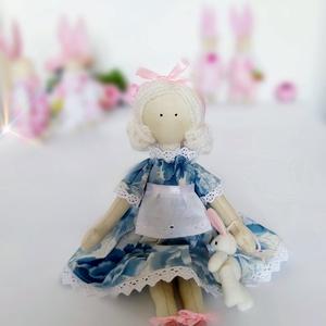 Alice és a nyúl (VelonaGold) - Meska.hu