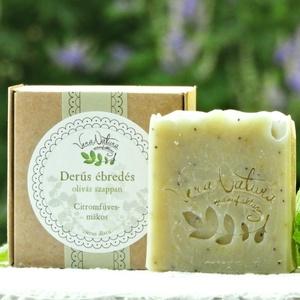 Derűs ébredés olívás szappan citromfüves-mákos, Szappan, Szappan & Fürdés, Szépségápolás, Kozmetikum készítés, 90-100g \nA sűrű, szűz olívaolaj kiváló szappanalapanyag - krémes és ápoló szappan készíthető belőle...., Meska