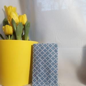 zsebkendő tartó kék mintás, Táska, Divat & Szépség, Táska, Pénztárca, tok, tárca, Zsebkendőtartó, Varrás, Pamutvászonból készült papírzsebkendő tartó.\nHa unod a müanyagot és valami szépre vágysz.\nEgy kedves..., Meska