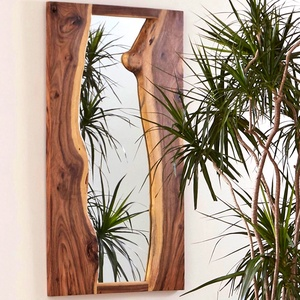 """Szélezetlen tömörfa tükörkeret (tükörrel együtt) \""""AMORINI\"""", Otthon & Lakás, Dekoráció, Tükör, Famegmunkálás, Egyedi tükörkeret, mely szélezetlen formáival folyópartként keretezi a tükröt. \nMinden kerethez külö..., Meska"""
