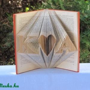 Könyvszobrászat Kezdőbetűk Esküvőre nászajándékba, Otthon & lakás, Esküvő, Dekoráció, Lakberendezés, Ünnepi dekoráció, Papírművészet, Újrahasznosított alapanyagból készült termékek, Esküvőre vagy hivatalos?  Nincs nászajándékod és egy különleges, egyedi, személyre szabott ajándéko..., Meska
