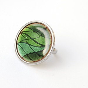 Tűzzománc nemesacél gyűrű - nemesacél gyűrű - tűzzománc gyűrű- zöld színek - zöld gyűrű - modern gyűrű, Ékszer, Gyűrű, Tűzzománc, Fémmegmunkálás, ZÖLD mintás tűzzománc gyűrű\n\nGyönyörű színekben pompázó tűzzománc gyűrű nemesacél gyűrű alappal. 3 k..., Meska