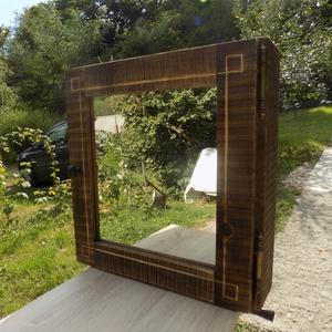 Rusztikus stílusú, tükrös kis szekrény (Vidafafarago) - Meska.hu