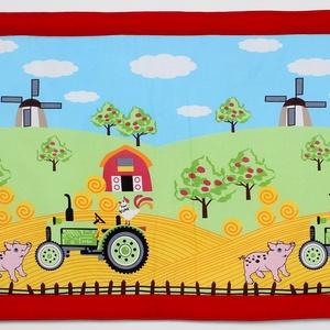Falvédő, Játék & Gyerek, Jó minőségű pamutvászonból, vatelinnel bélelve készítettem a falvédőt. Méret:200x77cm Hátsó bújtatók..., Meska