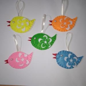 Tavaszi madárkák, Játék & Gyerek, Plüssállat & Játékfigura, Madár, Varrás, Hímzés, Sziasztok! Egy csodaszép tavaszi madárkás, öt darabos szettet hoztam! :) Piros, sárga, rózsaszínű, z..., Meska