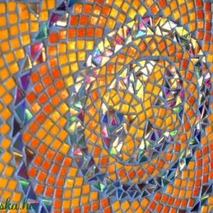Napnyugta körasztal, Bútor, Otthon & lakás, Asztal, Lakberendezés, Kerti dísz, Üvegművészet, RENDELHETŐ!\n\nFekete acélvázas asztalka üveglapját díszítettem narancs és kék  gyöngyházfényű üvegmoz..., Meska