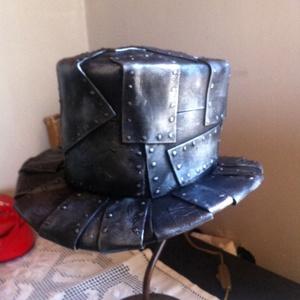 Steampunk kalap, Táska, Divat & Szépség, Férfiaknak, Steampunk ajándékok, Sál, sapka, kesztyű, Ruha, divat, Mindenmás, Festett tárgyak, Egyedi készítésű, rendkívül mutatós. Készülhet natur ill. sok dísszel, kiegészítővel. Az ár egy kala..., Meska