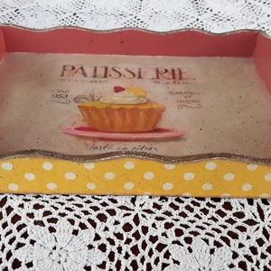 Tálca muffin mintával (vintageajandek) - Meska.hu