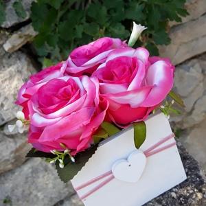 Rózsabox vintage rózsaszín selyem virágokkal, Otthon & lakás, Dekoráció, Ünnepi dekoráció, Anyák napja, Ballagás, Virágkötés, Virágdoboz rózsaszín vintage színekből álló selyemvirágokkal készült és zöldekkel lett díszítve. A f..., Meska