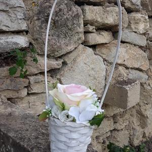 Rózsabox vintage rózsaszín virágokkal füles kosárkában, Otthon & lakás, Dekoráció, Ünnepi dekoráció, Anyák napja, Ballagás, Virágkötés, A  virágdoboz rózsaszín, fehér vintage selyemvirágokkal készült , apró virágokkal és zöldekkel lett ..., Meska