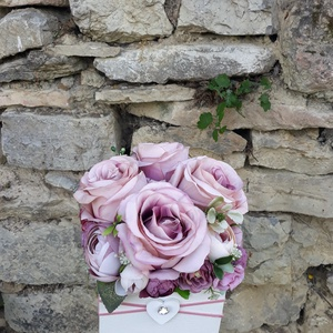 Rózsabox fa dobozban vintage bézs-púder-mályva virágokkal (vintageajandek) - Meska.hu