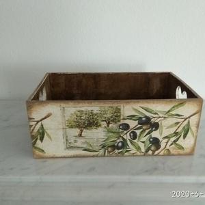 Vintage stílusú olíva mintás tároló doboz /asztali tolltartó/sminktartó/ékszertartó, Otthon & lakás, Dekoráció, Lakberendezés, Tárolóeszköz, Doboz, Decoupage, transzfer és szalvétatechnika, Festett tárgyak, PEDAGÓGUSNAPRA  TANÁR-TANÍTÓ ÉS ÓVÓ NÉNIKNEK\n\nKülönleges stílusú oliva mintás  doboz.\nHasználható as..., Meska