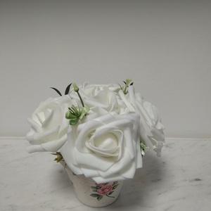 Rózsabox  fehér rózsákkal vintage cserép kaspóban (vintageajandek) - Meska.hu