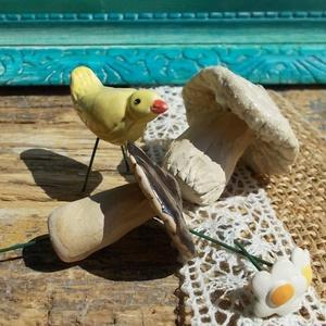 Apró gombák,virágok és egy madárka :) (VintageGarden) - Meska.hu