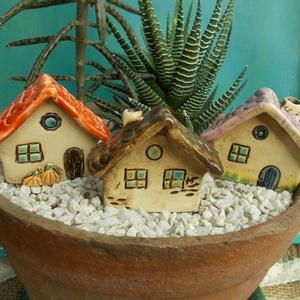 Apró házak , Otthon & lakás, Lakberendezés, Kerti dísz, Kerámia, Szobrászat, Az apró házikók mindig elvarázsolnak,akár fából,akár kerámiából készülnek.Otthonosak,bájosak,szeretn..., Meska