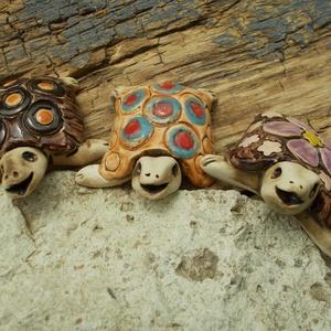 Teknősök a kertben (VintageGarden) - Meska.hu