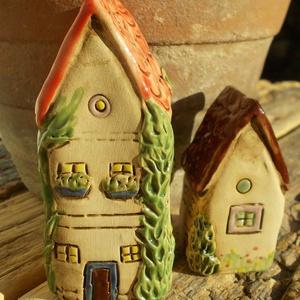 Házak tündérkertekbe, Otthon & Lakás, Ház & Kert, Kerti dísz, Kerámia, Szobrászat, Az apró házikók mindig elvarázsolnak,akár fából,akár kerámiából készülnek.Otthonosak,bájosak,szeretn..., Meska