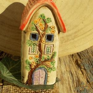 Mécsestartóház  , Otthon & Lakás, Ház & Kert, Kerámia, Szobrászat, Az apró házikók mindig elvarázsolnak,akár fából,akár kerámiából készülnek.Otthonosak,bájosak,szeretn..., Meska