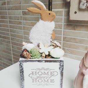 Fehér, Nyuszis dobozka., Otthon & Lakás, Dekoráció, Asztaldísz, Fehér hangulatú, húsvéti dobozka, termésekkel, selyemvirággal, rusztikus hangulatban.  Mérete: kb. 1..., Meska