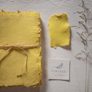 Merített papír -  sárga, Esküvő, Meghívó & Kártya, Meghívó, Papírművészet, Újrahasznosított alapanyagból készült termékek, Antik rózsaszín merített papír. 100 %-ban természetes anyagot tartalmaz.\nMéret: A/5\n\nVálasztható sim..., Meska
