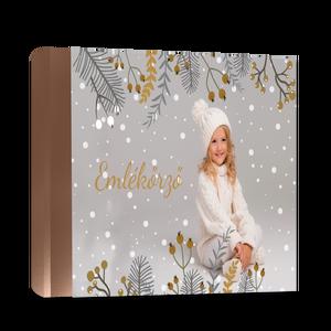 Fényképes karácsonyi fotókönyv, Otthon & lakás, Képzőművészet, Fotográfia, Naptár, képeslap, album, Fotóalbum, Könyvkötés, Fotó, grafika, rajz, illusztráció, Szereted a fényképeid nyomtatott formában is megőrizni?\n\nGyűjtsd őket ebben a csodás fényképes fotók..., Meska