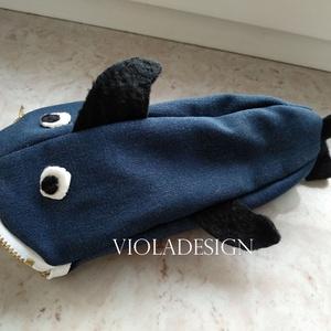 """Nagy kék cápa , Otthon & Lakás, Papír írószer, Tolltartó & Ceruzatekercs, Varrás, Vigyázat!!! Cápaveszély!\n\n\""""Valósághű\"""" modell, farmer anyagból.\n\nNincs olyan fiatal - 5-95 éves korig..., Meska"""