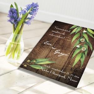 Deszkák és levelek esküvői meghívó és szett, Esküvő, Naptár, képeslap, album, Meghívó, ültetőkártya, köszönőajándék, Képeslap, levélpapír, Fotó, grafika, rajz, illusztráció, Deszkák és levelek esküvői meghívó és szett: Zöld eukaliptusz levelek, ágak ódon deszkákon. Kiváló ..., Meska