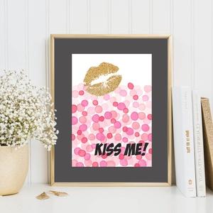Kiss me! grafika, arany glamour csillogás, Dekoráció, Otthon, lakberendezés, Képzőművészet, Naptár, képeslap, album, Fotó, grafika, rajz, illusztráció, Kiss me! feliratú grafika, arany rúzsnyom akvarell konfetti esőben. Csajos, glamouros szobába ajánl..., Meska