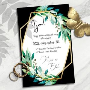Esküvői meghívó: geometrikus keret greenery ágakkal és egy kis arany motívummal, Esküvő, Meghívó, ültetőkártya, köszönőajándék, Otthon & lakás, Naptár, képeslap, album, Képeslap, levélpapír, Fotó, grafika, rajz, illusztráció, Nagyon elegánsak ezek az arany színű geometrikus keretek. A formák szigorúságát a dúsan leomló zöldl..., Meska