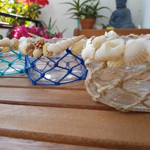 Nyári kagylós mécsestartó , Gyertya & Gyertyatartó, Dekoráció, Otthon & Lakás, Újrahasznosított alapanyagból készült termékek, Nyári hangulatú kagylós mécsestartó. Kérhető többféle színben. \nSaját készítésű termék. \n\nMérete: 9 ..., Meska
