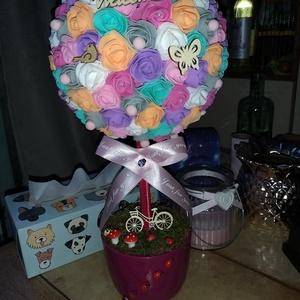 Szivárvány gömb fa :) , Csokor & Virágdísz, Dekoráció, Otthon & Lakás, Virágkötés, Egyedi készítésű színes virág gömb fa :) \nNikecel gömbre ragasztottam polifoam virágokat. Virágkaspó..., Meska