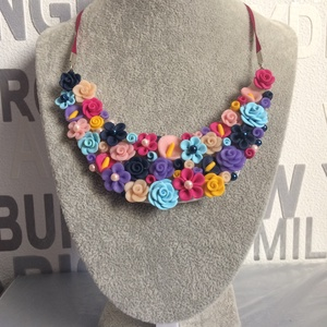 Virágos rét nyaklánc, Ékszer, Nyaklánc, Gyurma, Süthető gyurmából formált virágokból álló nyakék., Meska