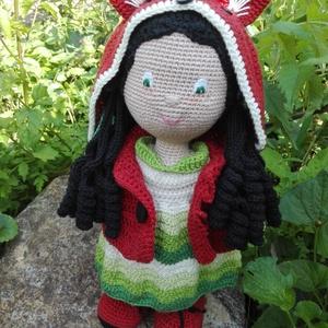 Liza amigurumi baba, Gyerek & játék, Játék, Baba, babaház, Baba-és bábkészítés, Horgolás, Régóta tartó rókamániámnak engedve alkottam meg ezt a horgolt babát, aki a Liza nevet kapta.\nMindig ..., Meska