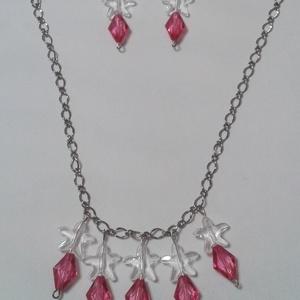 Rózsaszín-átlátszó ékszerszett, Ékszer, Ékszerszett, Esküvő, Esküvői ékszer, Ékszerkészítés,  Az ékszerszett rózsaszín és átlátszó műanyag gyöngyökkel valamint ezüst színű nikkelmentes láncból ..., Meska