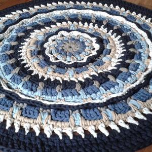 Tenger hullámai mandala horgolt szőnyeg kék-fehér-homokszín (vmelus79) - Meska.hu