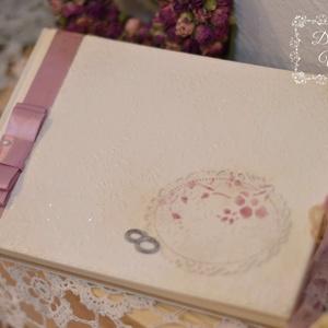 Esküvői vendégkönyv , azonnal elvihető , Vendégkönyv, Emlék & Ajándék, Esküvő, Decoupage, transzfer és szalvétatechnika, Krém színű elegáns esküvői vendégkönyv melyet más színben is kérhetsz, a kis keretbe felirattal is r..., Meska
