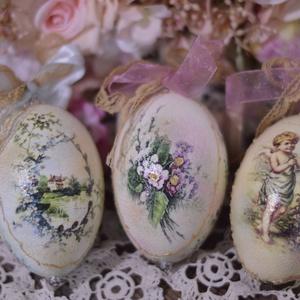 Gyönyörű formájú liba tojások díszítve, Dekoráció, Otthon & lakás, Húsvéti díszek, Ünnepi dekoráció, Decoupage, transzfer és szalvétatechnika, Nagyon szép formájú , hatalmas liba tojások különböző díszítéssel. \nAz ár 3 db-ra vonatkozik. \nKöszö..., Meska