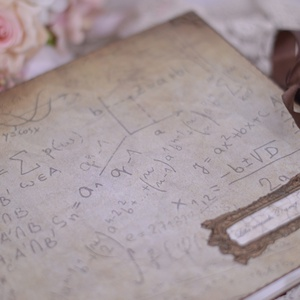 Matematika fedlapos emlékkönyv,egyedi könyv, Naptár, képeslap, album, Otthon & lakás, Fotóalbum, Jegyzetfüzet, napló, Dekoráció, Ünnepi dekoráció, Ballagás, Papírművészet, Decoupage, transzfer és szalvétatechnika, Rendelésre tudom készíteni, kérlek csak akkor tedd kosárba ha megfelelő neked a másfél-két hetes szá..., Meska