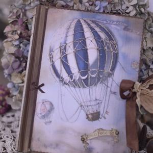 Vintage fotóalbum balloon, Férfiaknak, Naptár, képeslap, album, Otthon & lakás, Fotóalbum, Jegyzetfüzet, napló, Papírművészet, Nosztalgia hangulatú fotóalbumot késztettem, 10x15-ös képeknek, melyekből 200 db -ot helyezhetsz az ..., Meska