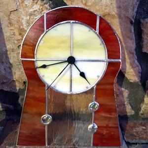 Pedagógusnak, óvónéniknek évzáróra,Tiffany technikával készült üveg óra, Lakberendezés, Otthon & lakás, Falióra, óra, Üvegművészet, Tiffany technikával készült 30cmx25 cm óra. Narancs és fatörzs mintás üveggel és üveg gyönggyel kész..., Meska