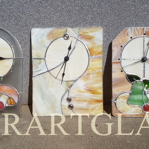 Tiffany technikával készült üveg óra, Lakberendezés, Otthon & lakás, Falióra, óra, Ballagás, Ünnepi dekoráció, Dekoráció, Üvegművészet, Pedagógus napra évzáróra. Tiffany technikával készült 30cmx21 cm óra. Wissmach barna üveggel és üveg..., Meska